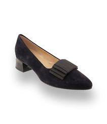 Brunate Pumps